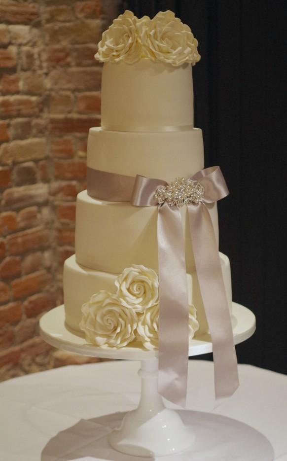 Silver Wedding - Ivory & Silver Wedding Cake #1984140 - Weddbook