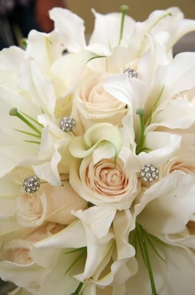 bouquet flower white roses with casablanca lilies. Black Bedroom Furniture Sets. Home Design Ideas