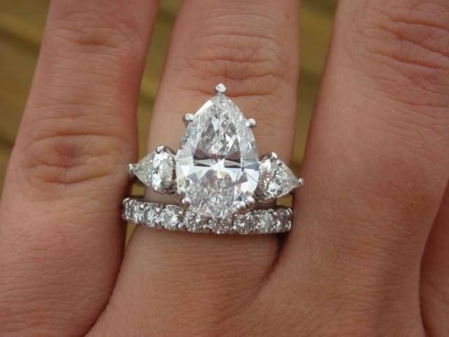 Wedding Diamond Three Stone Pear Diamond Ring 2045893