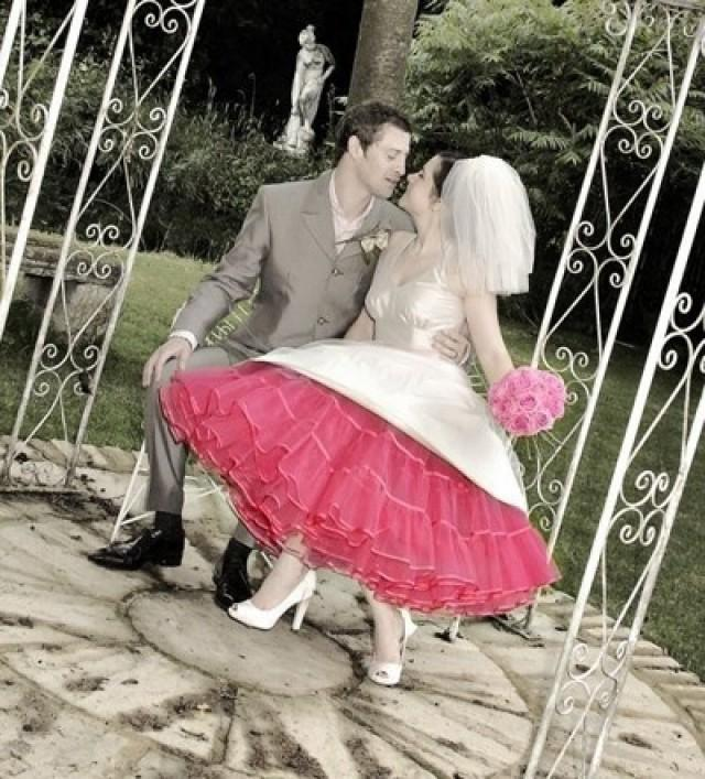 Rockabilly Wedding Ideas: 1950's Style Rockabilly Wedding Dress