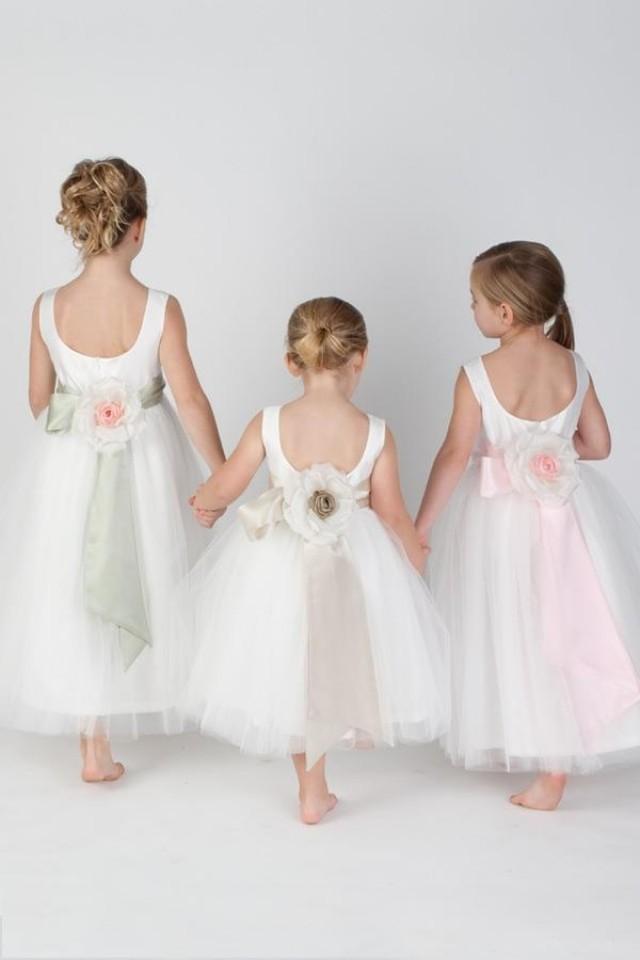 Ideas Pretty Flower Girl 2056052 Weddbook