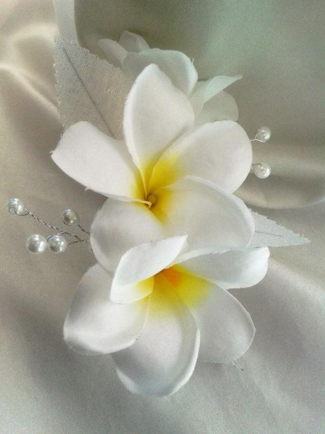 Tropical Flower Comb Hawaiian Plumeria Bridal Clip