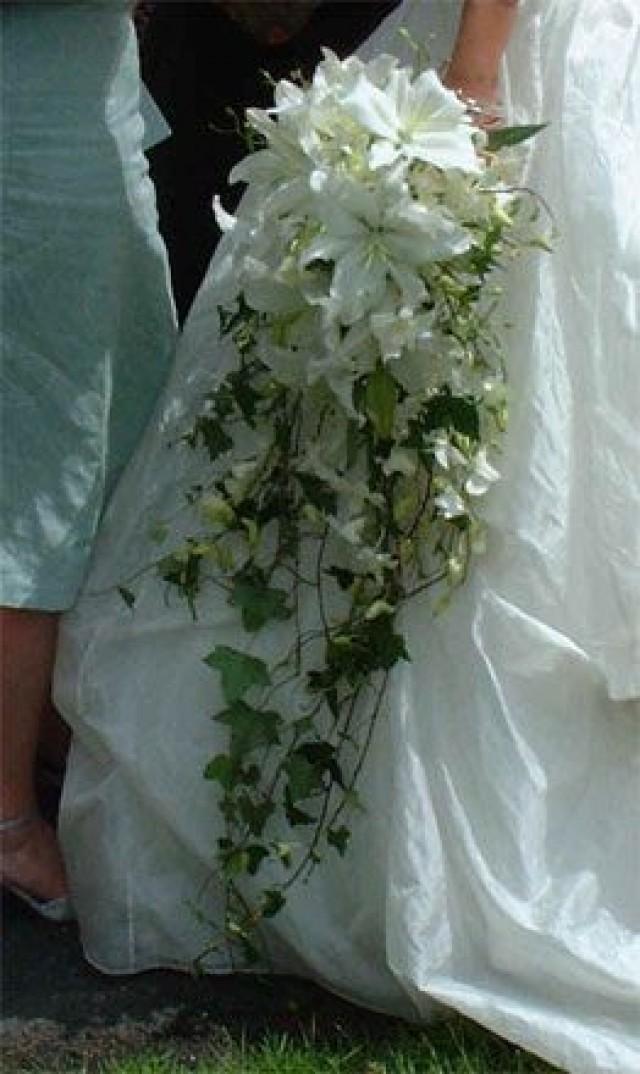 Bouquet Flower Lily And Ivy Cascade 2060378 Weddbook