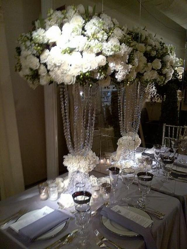 Tablescapes Love The Drama Of This Centerpiece 2066486