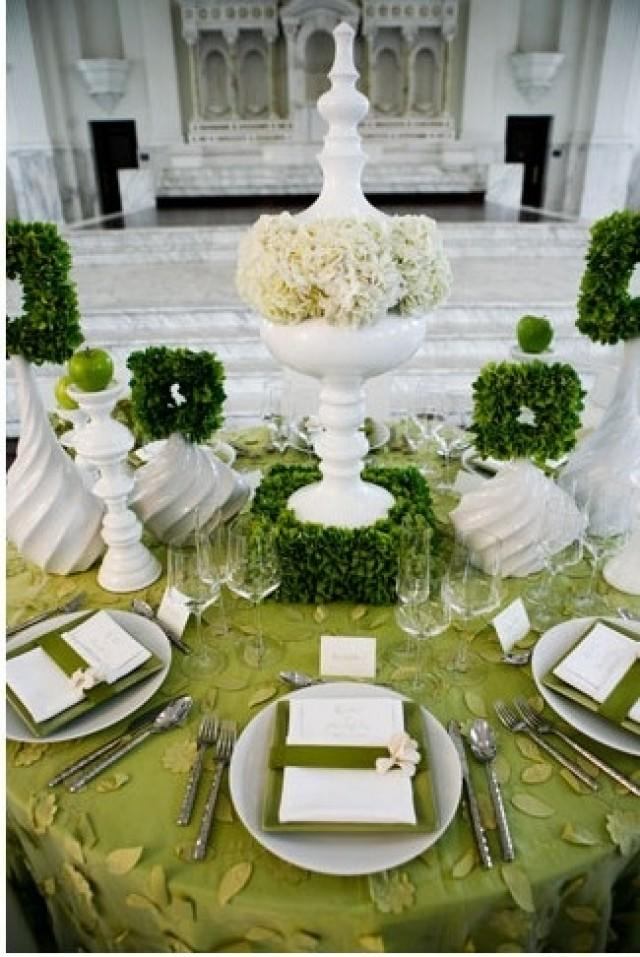 wedding tablescape table garden tablescapes green decorations decor emerald party event decoration centerpieces cake dining silver settings tables weddbook outdoor