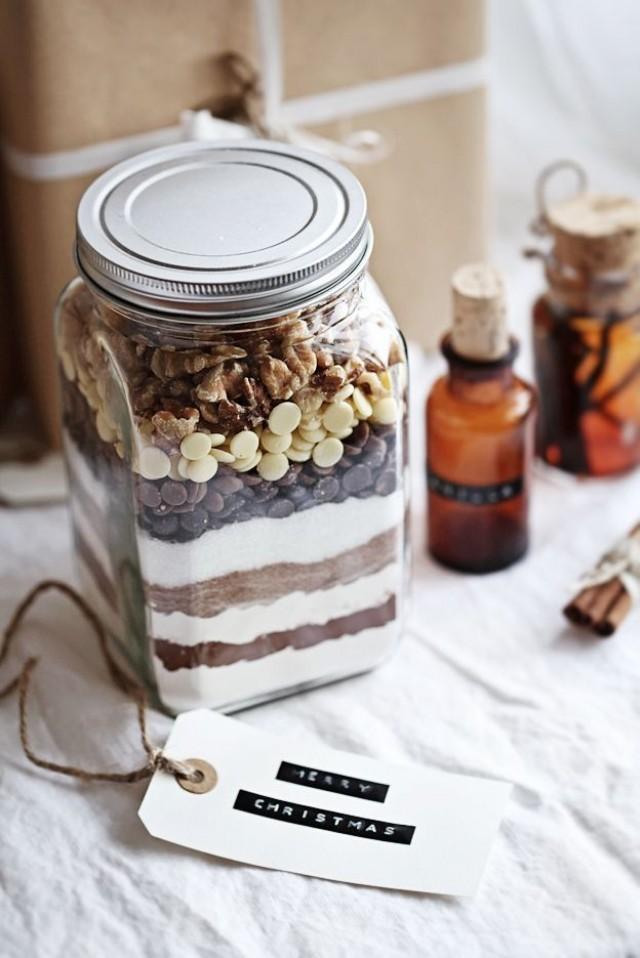 Modern Wedding - Edible Gift Idea: Brownie Mix. #2069392 - Weddbook