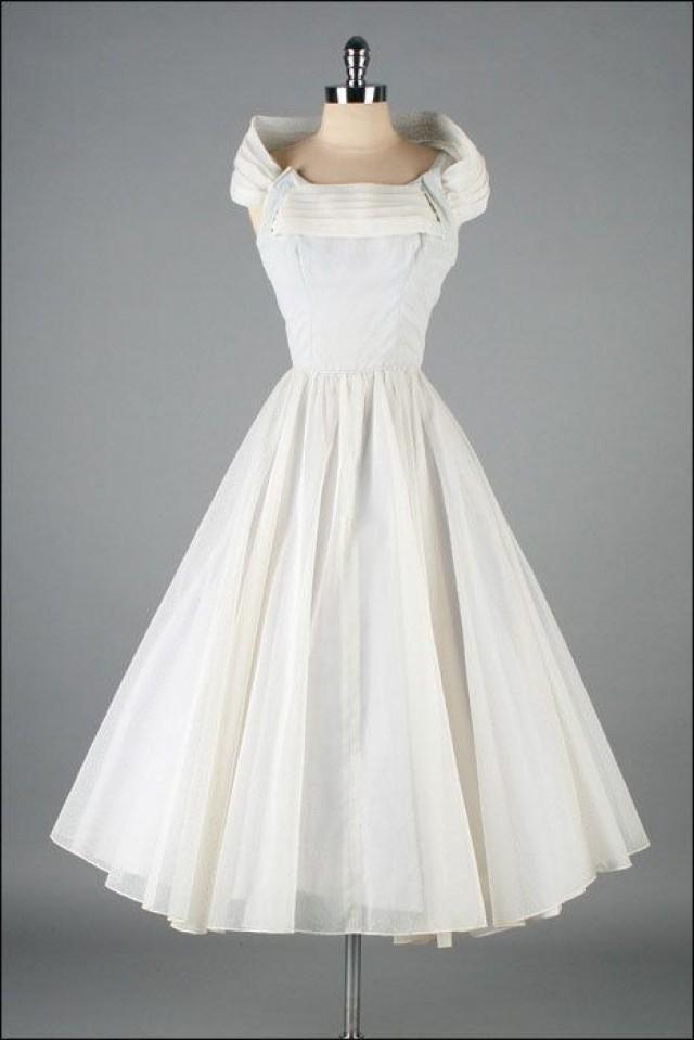 Retro Hochzeits- - Jahrgang 1950 Schweizer Dot Kleid #2070385 - Weddbook
