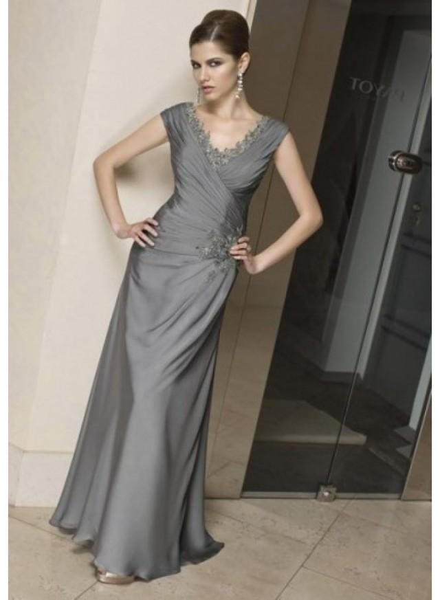 A Line Short Sleeve V Neck Appliques Feather Floor Length