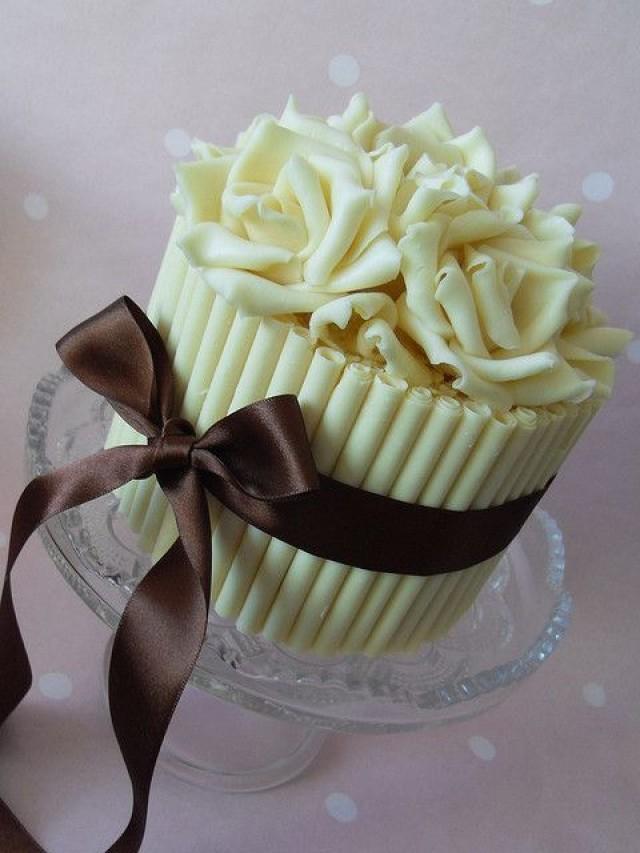 Розы из шоколада на торт своими руками 3