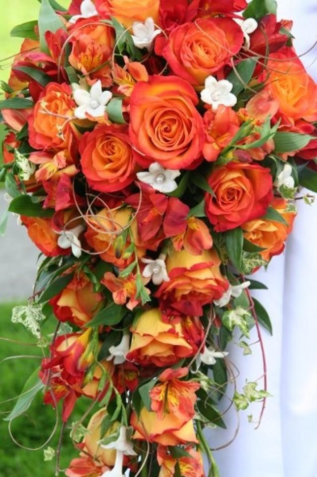 Bouquet Flower Cascading Bouquets 2124131 Weddbook