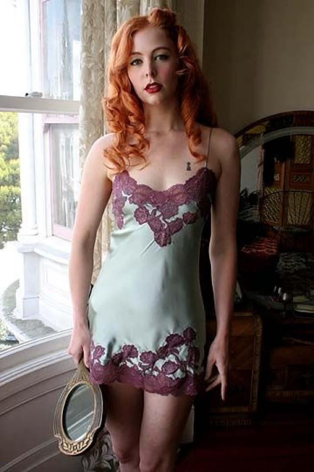 Midget model woman