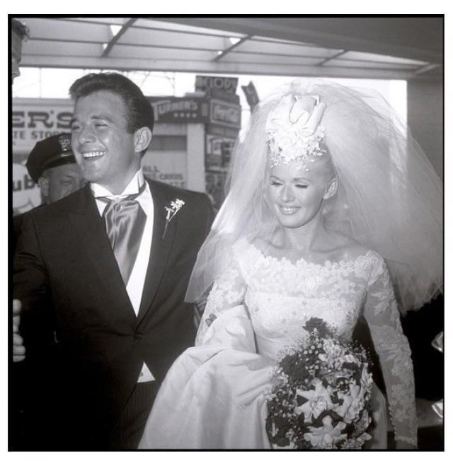 Celebrity Wedding Login: JAMES STACY Of Lancer AND CONNIE STEVENS 1960S WEDDING