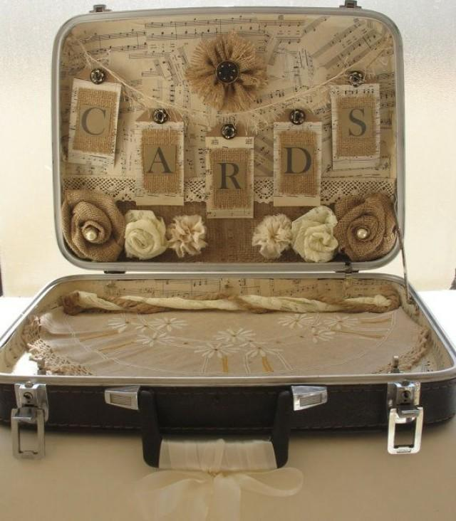 Vintage suitcase card holder for rustic wedding vintage for Case shabby chic country