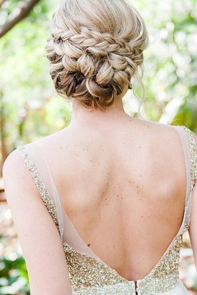 Красивая прическа забранные волосы