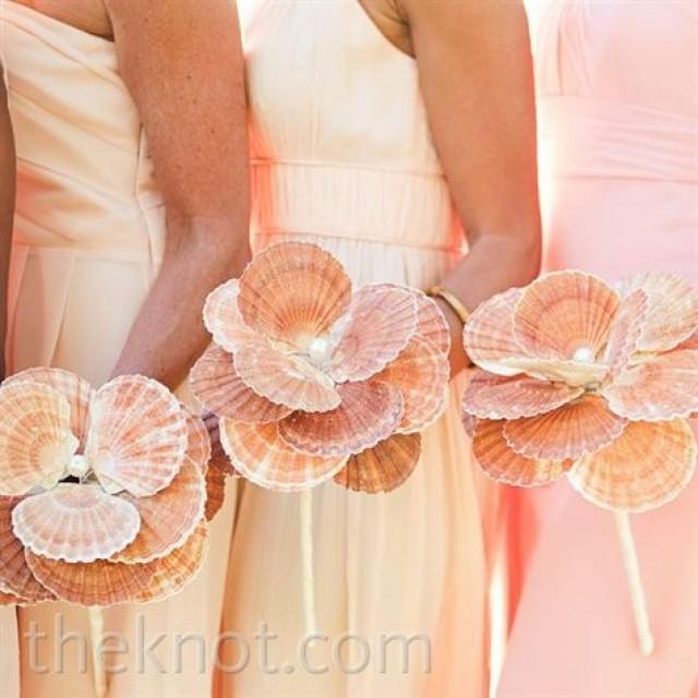 9 Alternatives To The Classic Bridal Bouquet 2177678 Weddbook