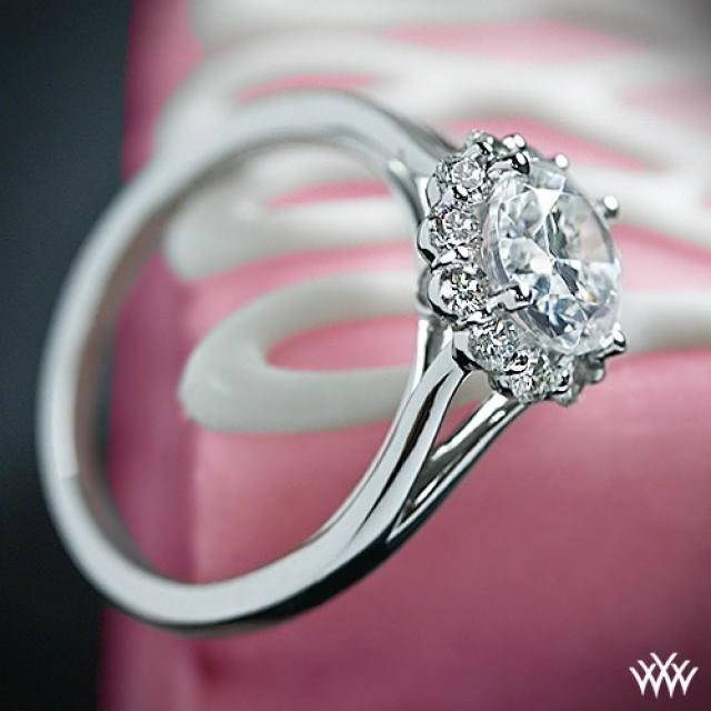 18k White Gold Verragio Split Shank Halo Solitaire Engagement Ring