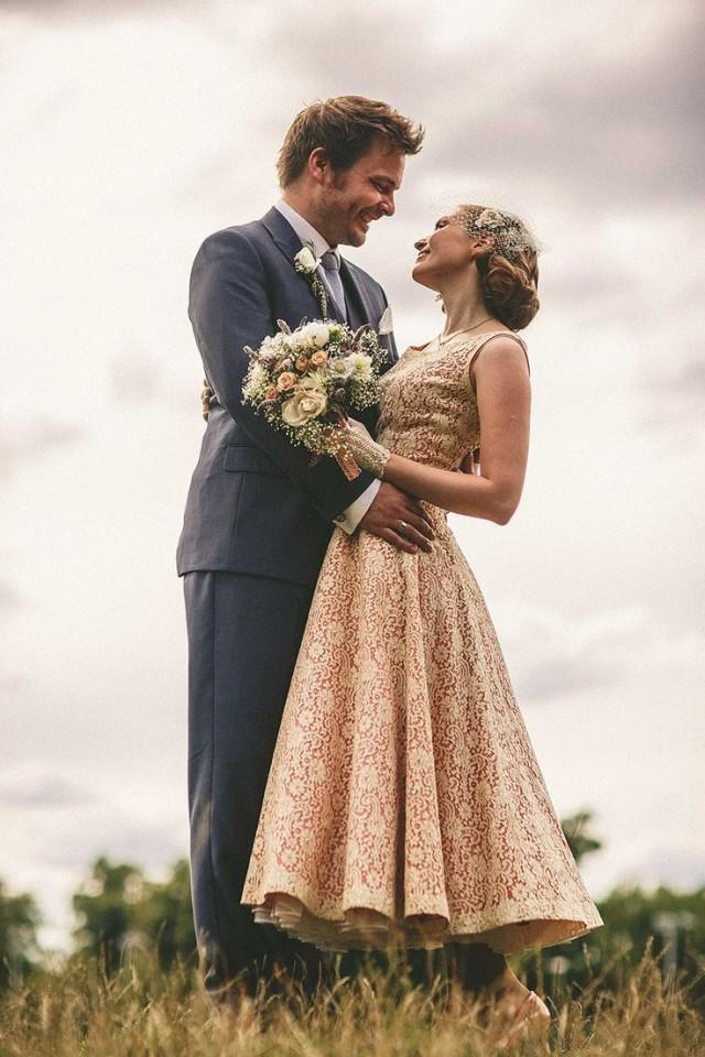 A 1950s Dress For Second Hand Books And 1940s Vintage Inspired East London Wedding 2211900 Weddbook