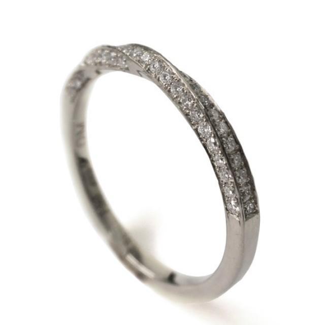 Mobius Ring White Gold