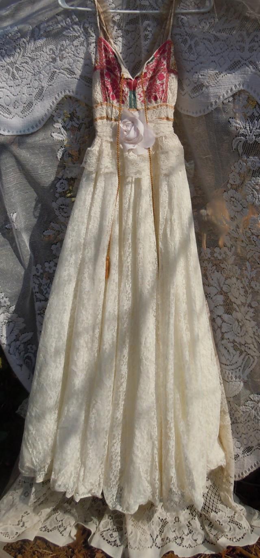 Boho Wedding Dress Ivory Cream Vintage Tulle Bohemian
