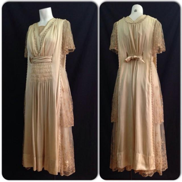 Antique Dressing Gown: RARE Antique Edwardian 1910s Ivory Silk Wedding Dress With