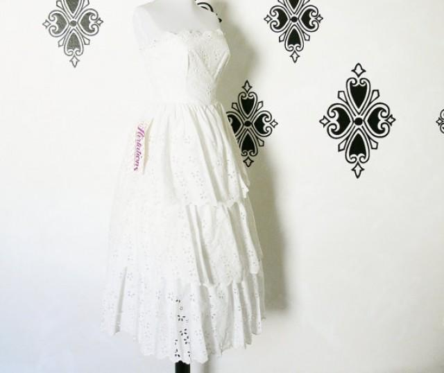 Vintage Wedding Dresses 80s: Vintage 80s Does 50s White Eyelet Lace Ruffled Tiered