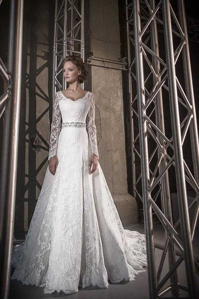 long sleeve wedding dresslace wedding dress long train