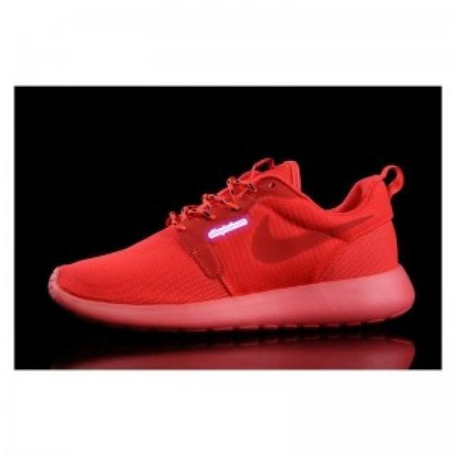 online retailer 62d03 440e1 all red roshes