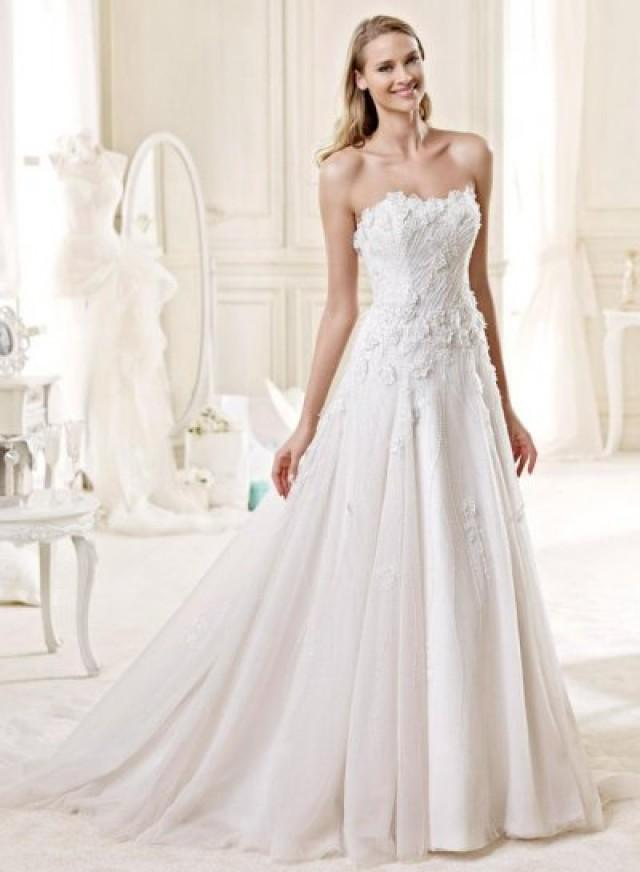 Jw15150 romantic florals details slim a line wedding dress for Slimming undergarments for wedding dress