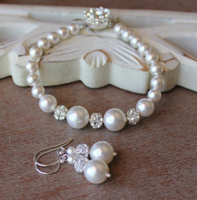 Pearl And Crystal Bridal Set Bracelet Earrings Jewelry Bridesmaids 2318104 Weddbook