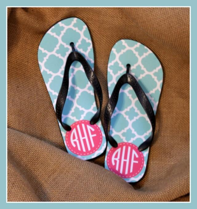 8dd875346c033 Flip Flops Monogrammed Gift Bridal Party Bachelorette Party Wedding Teacher  Graduation Personalized Custom Flip Flops Sorority Gifts for Mom