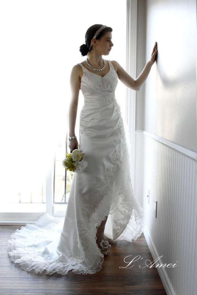 Hand beaded beach wedding dress short front long tail lace for Hand beaded wedding dresses