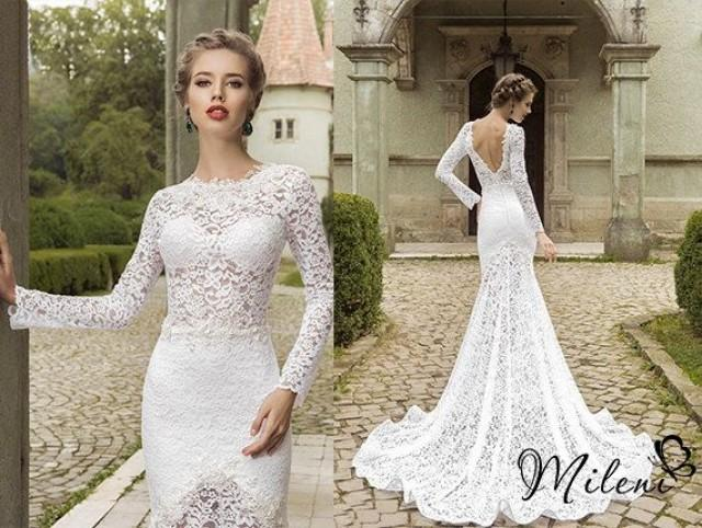 Very Elegant And Beautiful Lace Wedding Dress Slimming