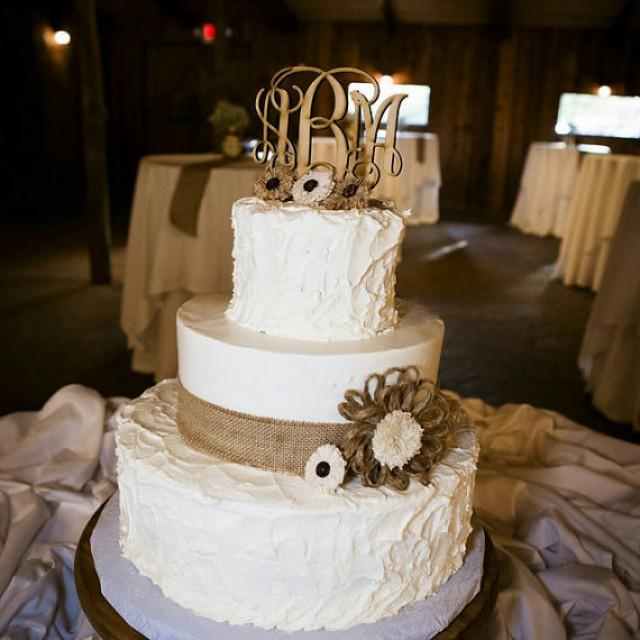 Rustic Wedding Cake Ideas: Wedding Cake Topper, Rustic Wedding Decor, Couple Monogram
