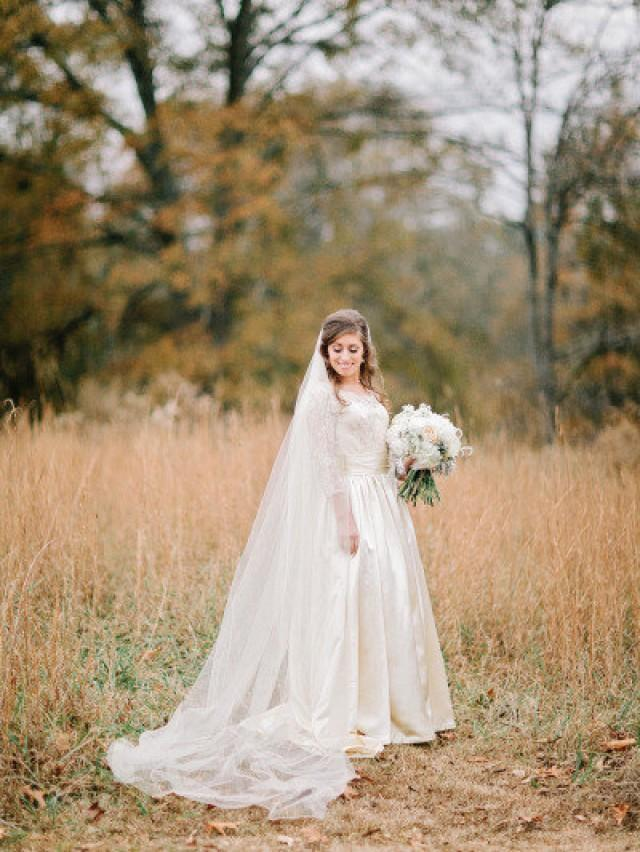 Cathedral length wedding bridal veil 108 inches white for Long veil wedding dresses
