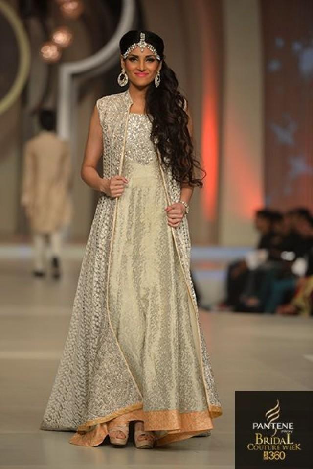 Pakistan Bridal Couture Week 2013 - Zainab Chottani - Indian ...