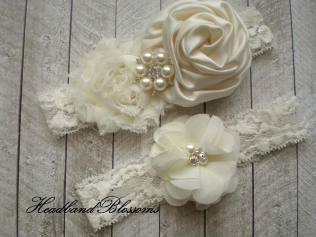 Vintage Garter Beautiful IVORY Bridal Garter Set Ivory Keepsake /& Toss Wedding Garter Chiffon Flower Rhinestone Lace Garters