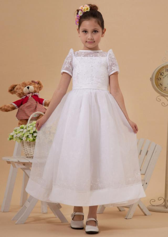 ac5a74b42f 2015 Tulle Short Sleeves Appliques Bowknot White Straps Ruched Tea Length