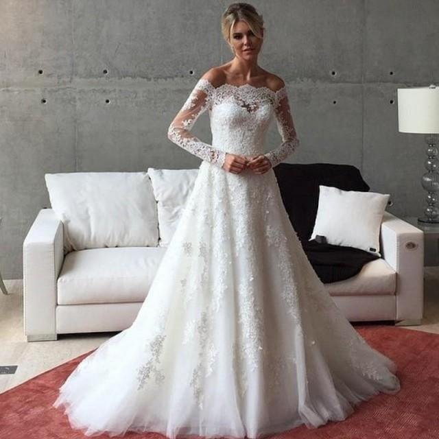 Vintage Lace Applique Wedding Dresses With Long Sleeves A