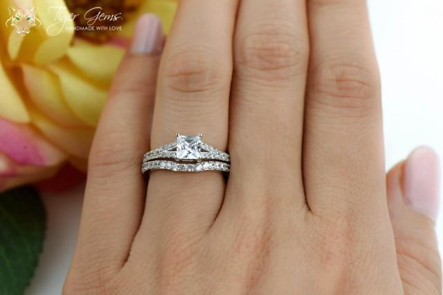 Engagements Rings In Size T