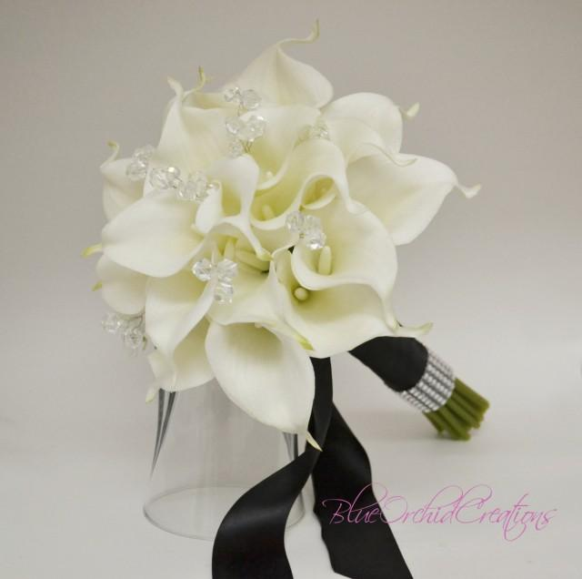 This Black Wedding Bouquet Is Made With Calla Lilies And Stretch Lace The Used On Gothic Also Comes In White Or Ivory