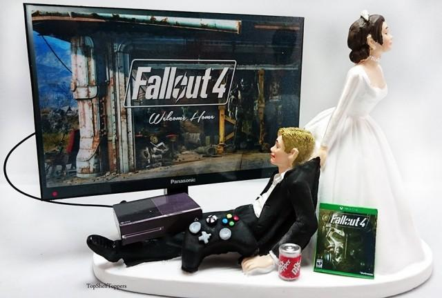 Fallout Wedding Cake Topper Video Gamer Bride And Groom Xbox One Ps4 Pc 2419580 Weddbook