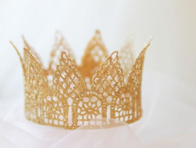 Lace Crown Cake Topper