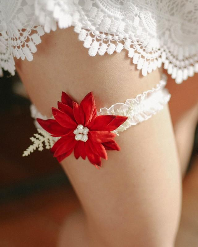 Red Wedding Garters: Christmas Garter, Winter Wedding Garter, Holiday Garter