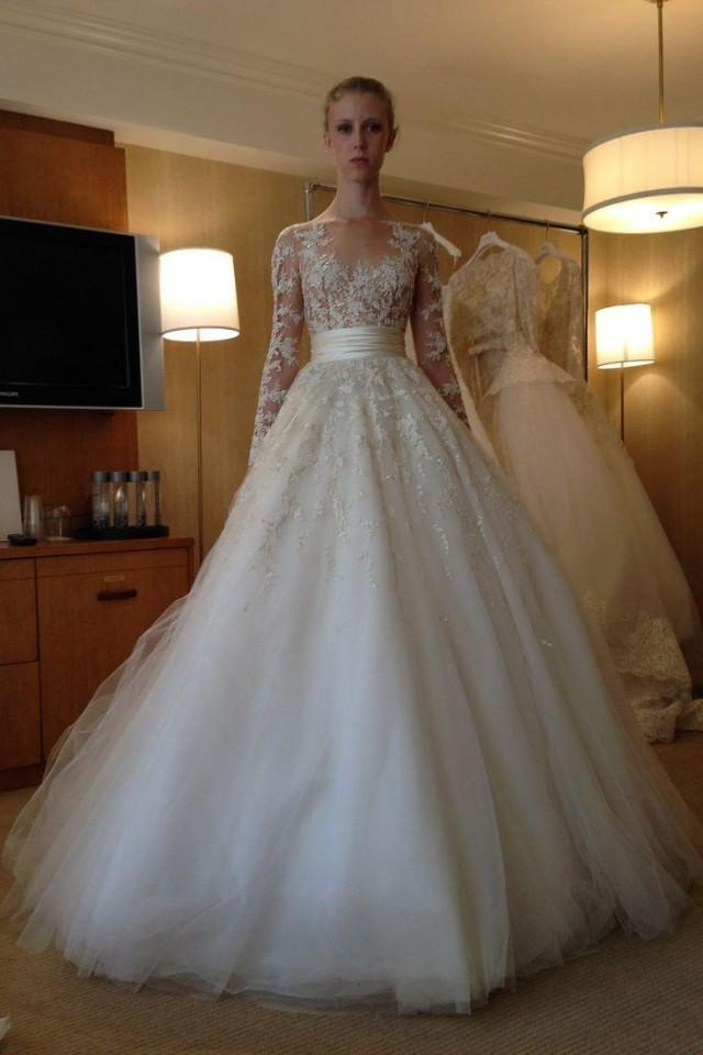 2015 new arrival long sleeve wedding dresses lace applique for Tulle wedding dress with sleeves