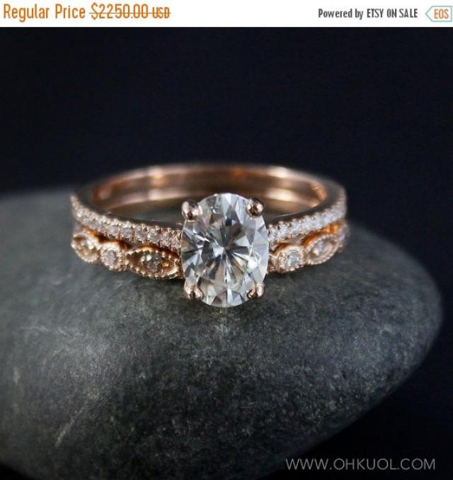 XMAS SALE Forever Brilliant Oval Solitaire Engagement Ring Set