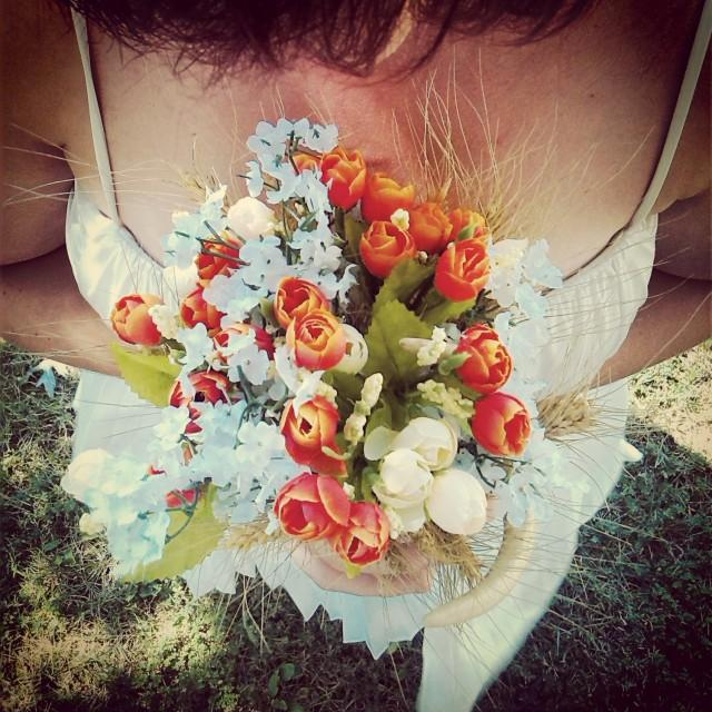 Country Wedding Ideas Flowers: Rustic Wedding Bouquet