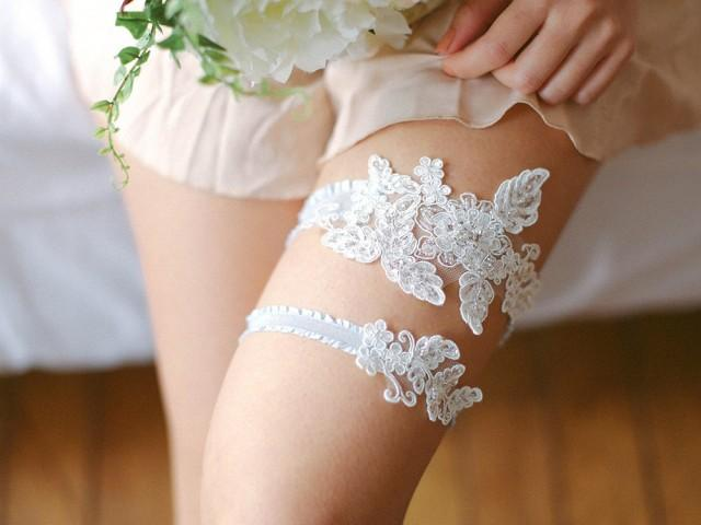 Thigh band for wedding
