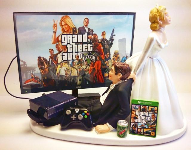 Gamer addict funny wedding cake topper bride and groom gta five gamer addict funny wedding cake topper bride and groom gta five 2436528 weddbook junglespirit Images