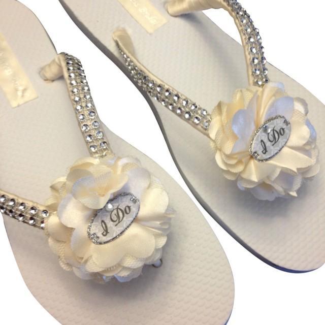 bb7f78fb6 Bridal Flip Flops - Ivory Wedding Flip Flops -I Do Flip Flops - Beach  Sandals - Beach Wedding - White - Cream - Champagne Wedding  2445205 -  Weddbook