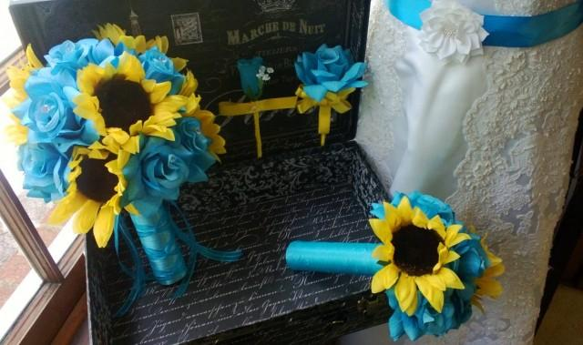 10 Piece Sunflower Bouquet Malibu Blue Yellow Sunflower Bridal